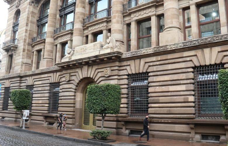 Crédito automotriz bancario crece 2.8 por ciento: Banxico